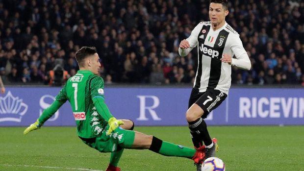 Alex Meret Membuat Juventus Gigit Jari
