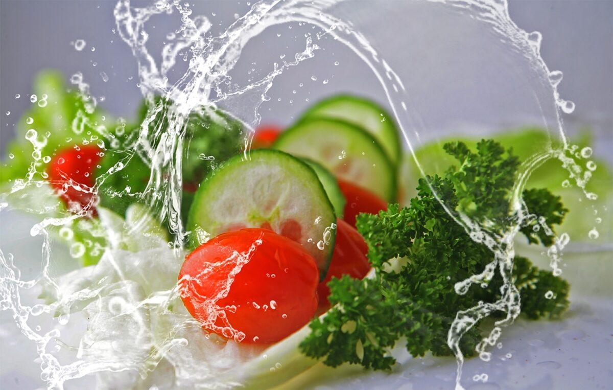 Buah dan Sayur Yang Dapat Memenuhi Kebutuhan Cairan Tubuh